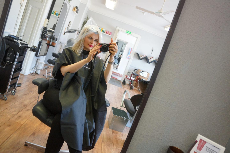 Blont kort hår och 20% rabatt hos bästa Samantha på Hårteamet / Salong Eborn