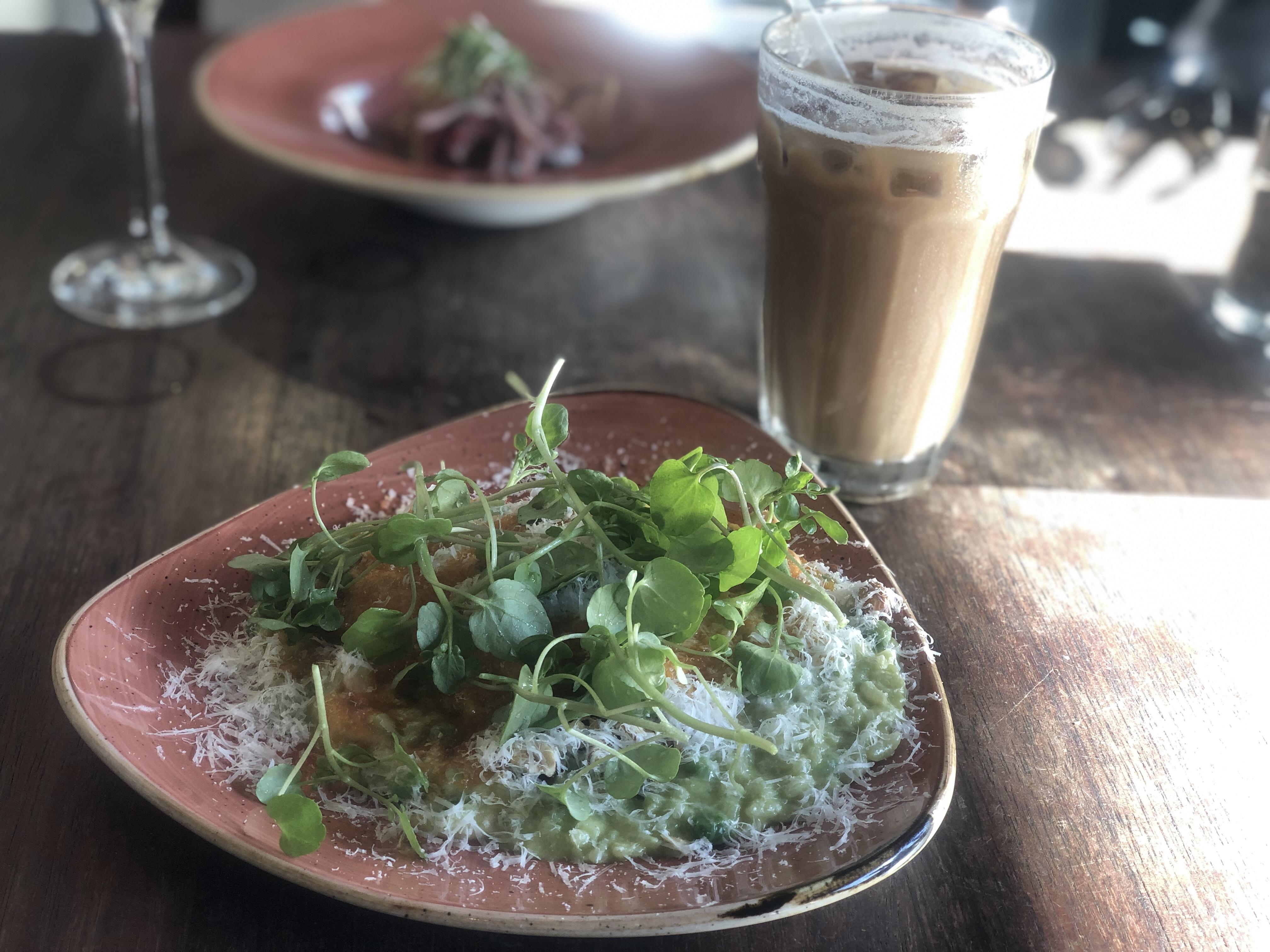 Lyxshopping & Restaurang La Grapa