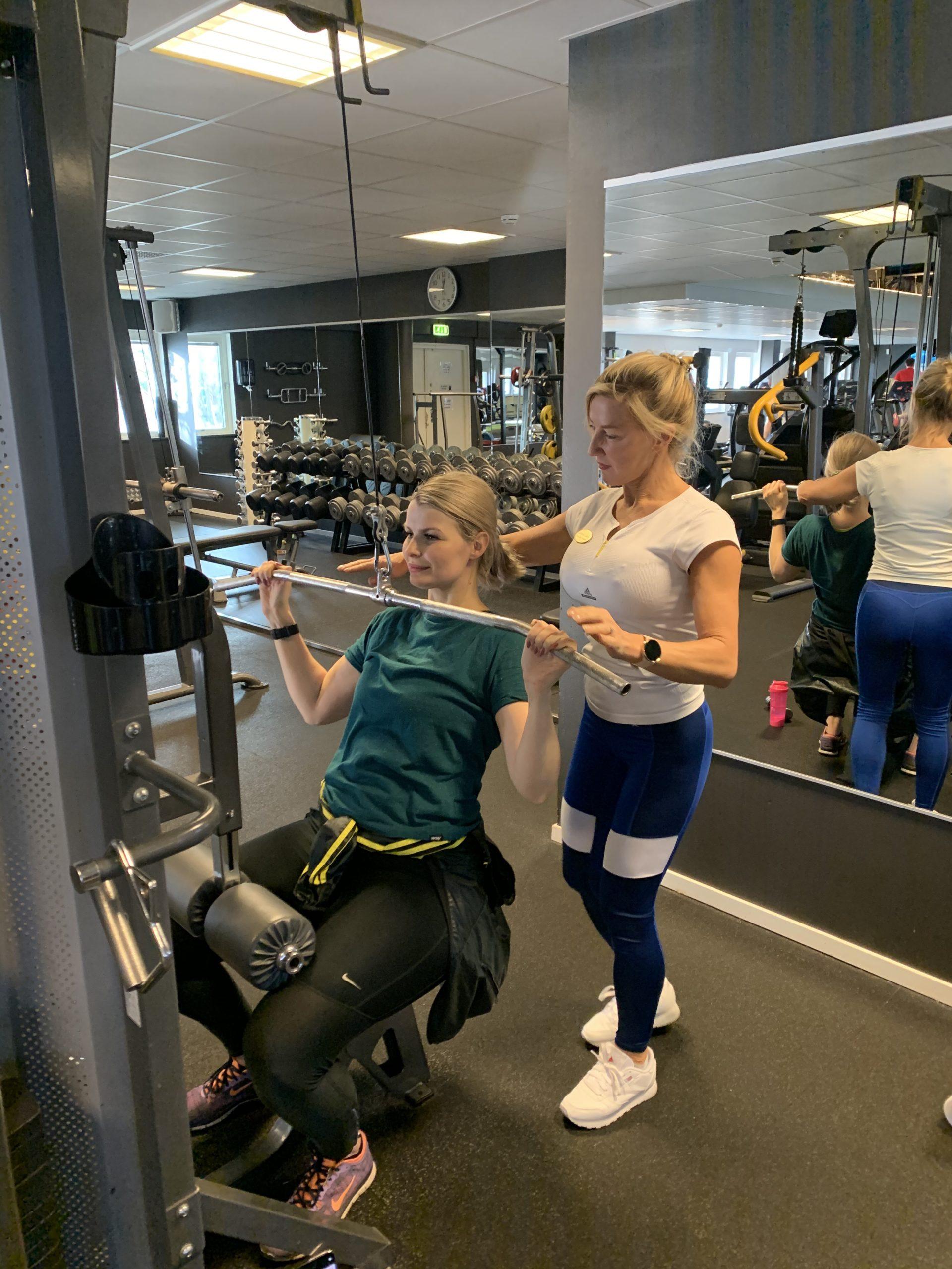 Viktuppdatering, mat & träning