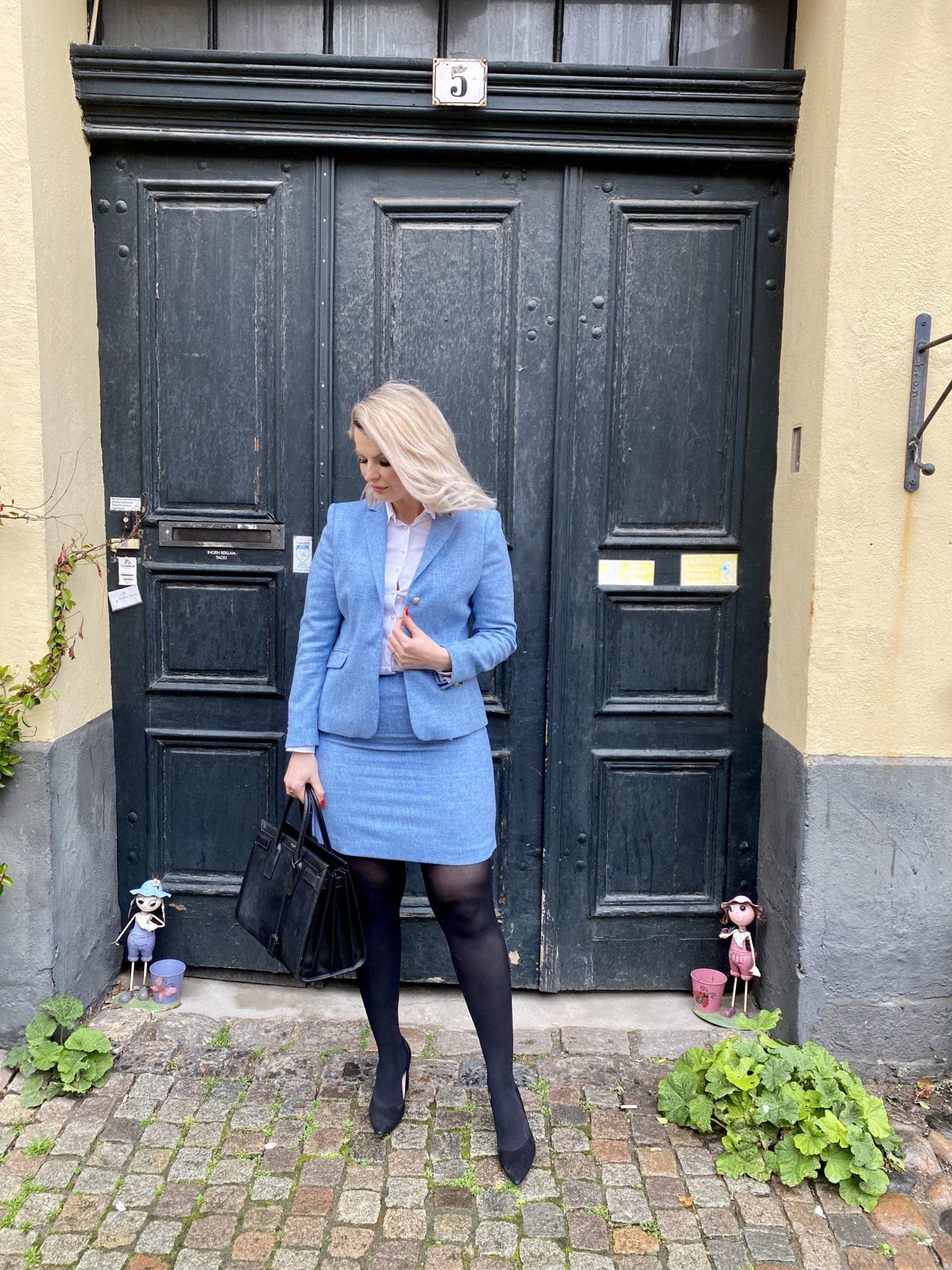 Ljusblå tweedset från Newhouse