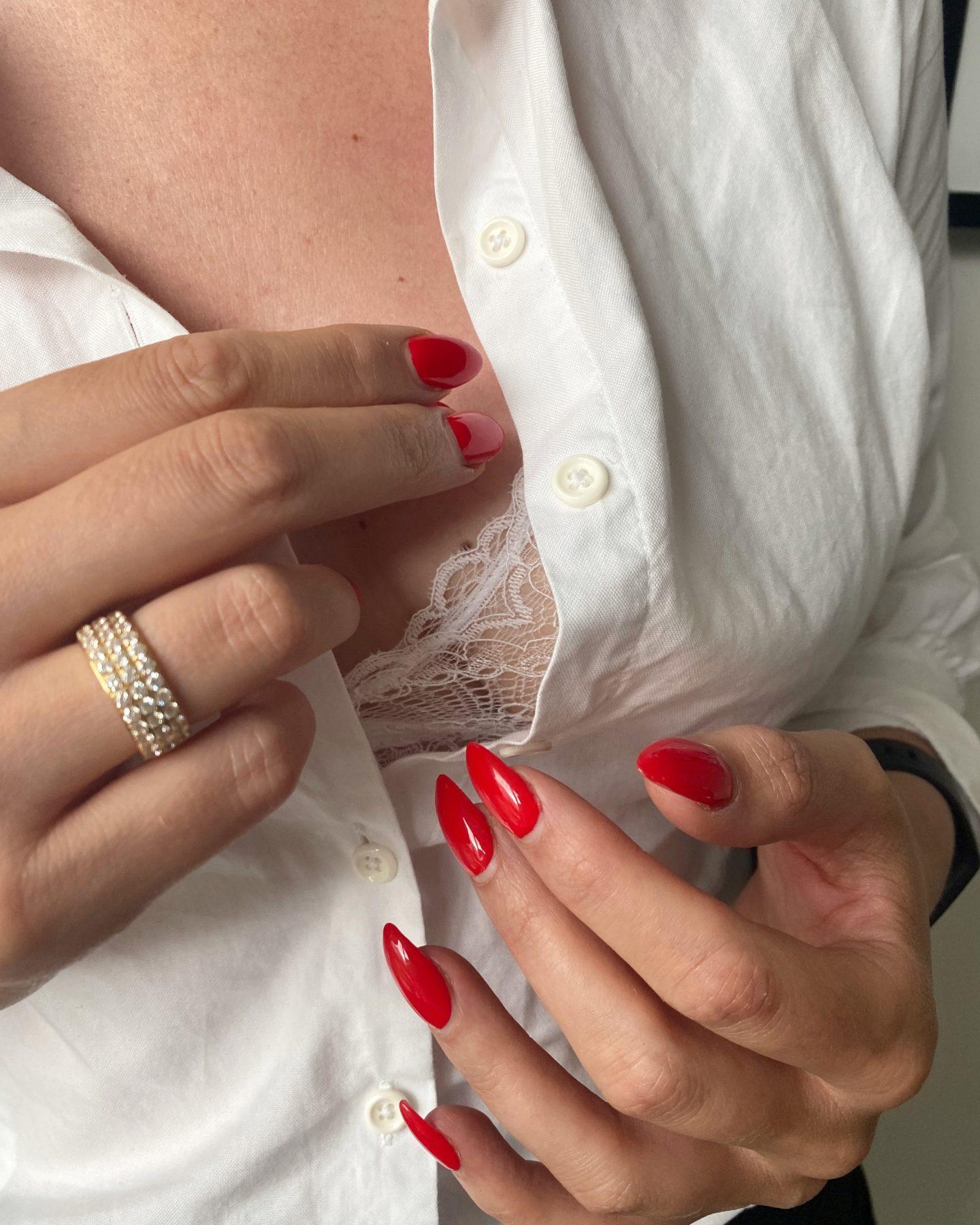 Måste i Garderoben - vit skjorta