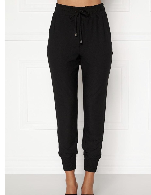 Sköna, bekväma svarta byxor
